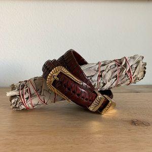 VINTAGE Burnt Burgundy Brown & gold leather belt